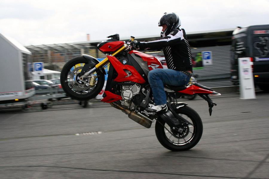 Neuigkeiten Motorrad Stuntschow Dirk Manderbach